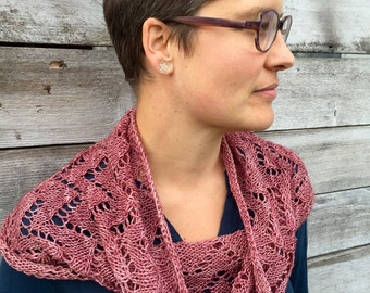 dusty rose knitted cowl, merino wool, chevron