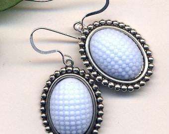 Sterling Periwinkle Blue Earrings,  Vintage Blue Glass Earrings, Hobnail Glass Sterling Silver Ear Earrings, 925 Bumpy Glass Earrings
