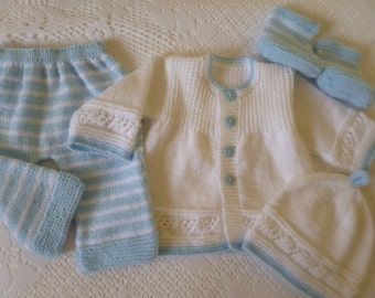Baby Outfit,  Take Home Baby Set, Baby Shower Gift,  Newbon  Ensemble, Coming Home Suit, Newborn Set, Christmas Gift