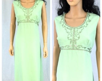 Vintage Pale Green Maxi Dress. Gown. Size Large. Elgin Dress. 1970s Dress. Beaded. Formal. Evening. Sleeveless. Under 30. Silver. Pistachio