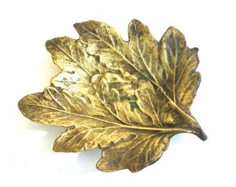 Mid Century Brass Leaf Dish Ashtray ~ Jewelry ring dish - Hollywood Regency era~ Forest Woodland decor