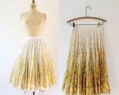 vintage 50s skirt / 1950s cotton print skirt / Meadowlark skirt