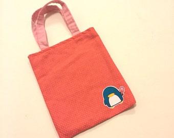 Mini tote with two interior pockets