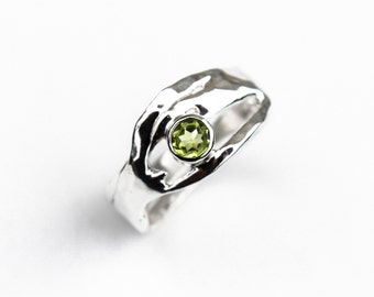 Silver Peridot Ring, August Birthstone Ring, Organic Design Fine Silver Ring, Gift Idea, Recycled Sterling Silver Gemstone Ring, Elementisle
