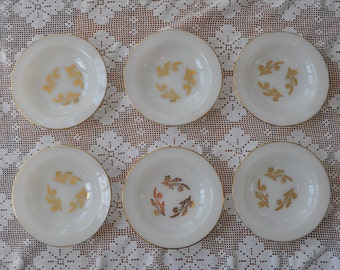 Six Vintage Milk Glass Luncheon Plates/Vintage 1950s 60s/Fire King Plates With Gilt Trim