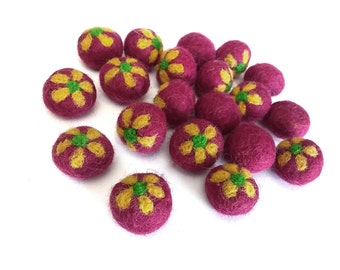 Fushia Felt Balls with Yellow Flower - 20 Pure Wool Beads 20mm