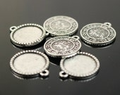 12 Zodiac Sign Pendant BEZELS with GLASS Magnifying Domes Cabochon - 5 sets 10 pcs  - 16mm 5/8 inch Antique Silver Bezel and Circle Domed