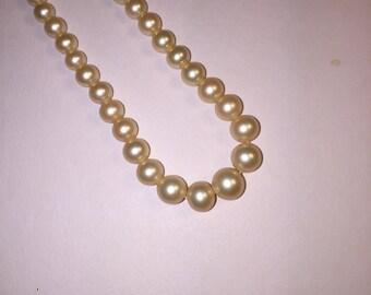 Vintage Marvella Graduated Pearl Necklace