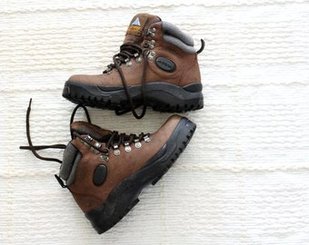 vintage Mt. Everest waterproof leather hiking boots size 6.5 shoes