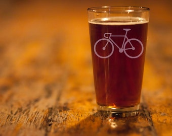 SALE! Bicycle Love Etched Pint Glasses - Set of 2