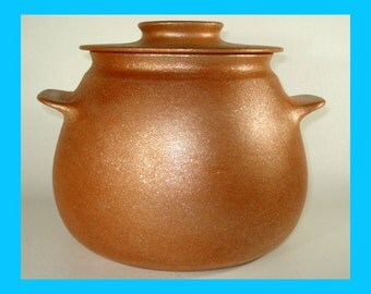 All-Purpose Micaceous Pot, 4.75 qt., Handmade, Handcoiled, Made in Santa Fe, Clay Cookware, Native American Inspired