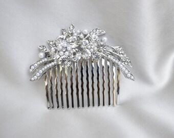 Rhinestone And Pearl Hair Comb / Wedding Hair Comb / Hair Comb / Bridal Pearl And Rhinestone Hair Comb / Vintage Inspired