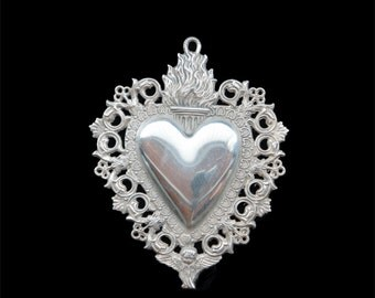 Antique Vintage Flaming Sacred Heart Ex Voto with Angels Amulet Offering Pendant Relic