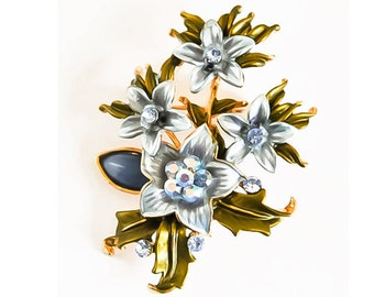 1990s Gold Tone Sky Blue Enamel And Blue Aurora Borealis Rhinetsones Floral Spay Flower Bouquet Pin Brooch