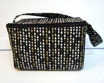 Super Large 6 inch Depth Fabric Coupon Organizer  - With ZIPPER CLOSER  Black with White  & Gold Arrows and Dots