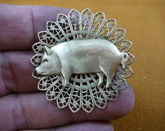 Pig farm sow pigs love lover piglet round filigree repro Victorian brass pin pendant brooch B-PIG-155