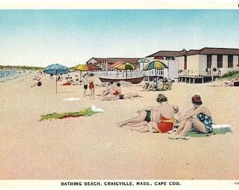 Cape Cod Vintage Postcard - Beachgoers at Craigville Beach (Unused)