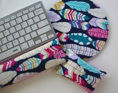 gold feathers  - Mouse pad set - mouse wrist rest - keyboard rest - coworker gift, under 50, office accessories, desk, cubical decor