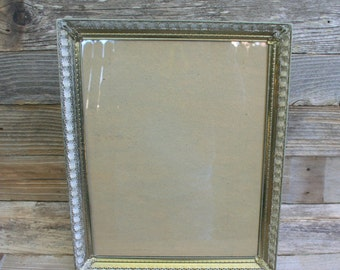 Retro Metal Ornate Picture Frame / Large