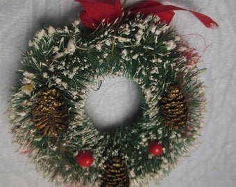Vintage Green Bottle Brush Christmas Small Ornament Wreath With Snow and Pine Cones and Red Berries