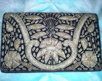Vintage Zarcozi Black Velvet and Gold Embroidered Purse Clutch handbag