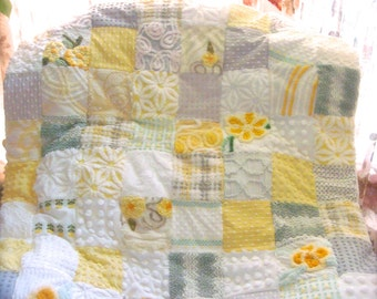 Ready to Ship - Soft Sunbeam Floral Vintage Cotton Chenille Quilt 39x44 Inches