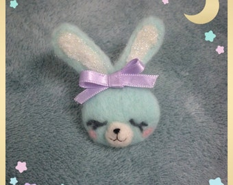 Little needlefelted pastel bunny Brooch
