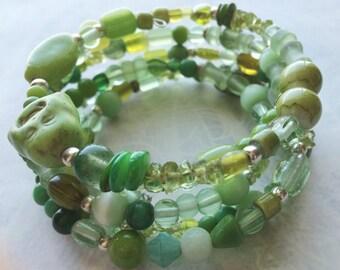 Green Buddha memory wire bracelet hippie bracelet boho bracelet festival jewelry