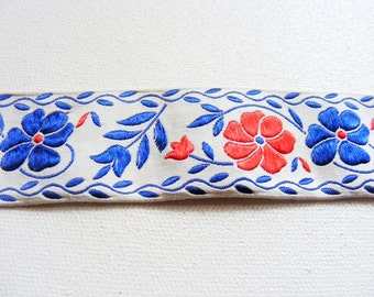 """Vintage 1960's Embroidered Trim 1 5/16"""" Red and Blue Flowers"""