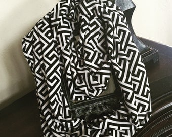 SPECIAL: Black and white Greek Key INFINITY SCARF