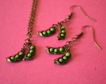 Pea Pods Necklace and Earrings Set Antique Bronze Peas in a Pod Pendant (AB31)