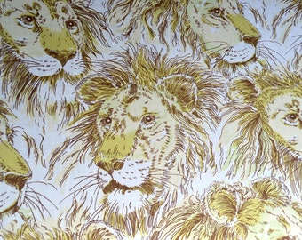 Vintage Bed Sheet - Green Lions - Full Flat for Use or Repurpose