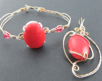 2 piece Jewelry Set Mt. Jade Coral gold and silver wire Bracelet and Pendant
