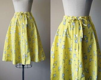 60s Skirt - Vintage 1960s Skirt - Novelty Print Yellow Frog Cotton Full Skirt M - Hopfrog Skirt