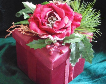CLEARANCE!! Ready Made Gift Box Christmas Decor Gift Giving