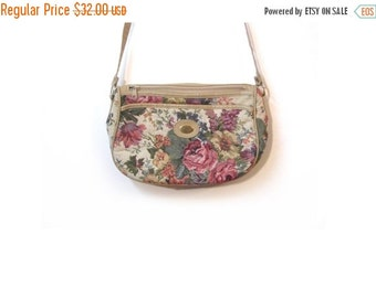BTS SALE Vintage 80s Floral Tapestry Boho Chic Preppy Grunge Granny Purse w Leather Trim