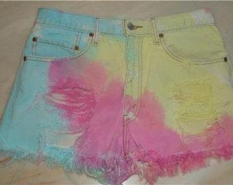 Levis Jean tie dyed shorts DESTROYED 517 hippie boho festival denim ripped 33