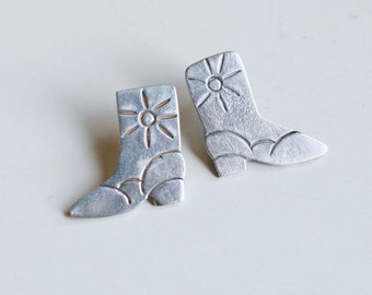 1980s Mexican silver boot earrings / 80s vintage sterling shoe cowboy boot pierced earrings made in Mexico