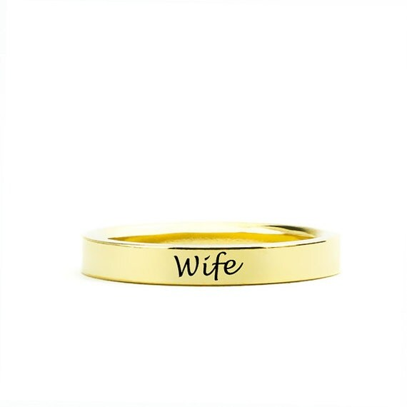 Personalized 4mm Engraved Comfort Fit Wedding Band in 14k Gold | Custom Name