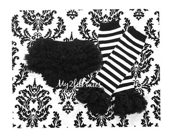 Bloomer and leg warmers. Black and White Stripe leg warmers. Black Bloomer.  Black Diaper cover, Ruffle Leg warmers. baby girl