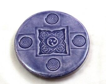 MAGNET CELTIC KNOT  Raku Fired Pottery Ceramic