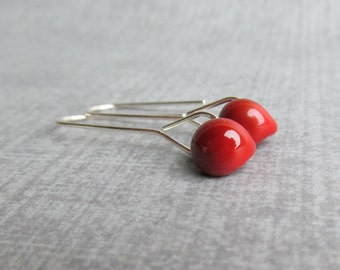 Minimalist Blood Red Earrings, Modern Dangle Earrings Red, Red Glass Lampwork Earrings, Silver Glass Drop Earrings, Earrings Sterling Silver