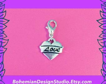 Love heart charm, girlfriend gift, heart bracelet charm, valentine's gift, small heart charm clip, bracelet clip charm, UK