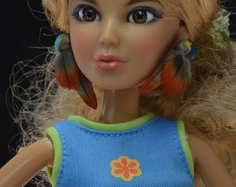 Fashion Doll Earrings, Feather Earrings for Fashion Dolls, Barbie Earrings, Barbie Feather Earrings, Barbie Jewelry, Fashion Doll Jewelry
