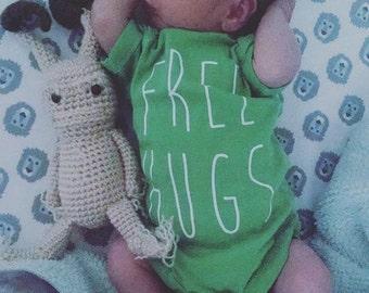 Free Hugs baby Onesie Bodysuit Creeper
