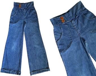 Vintage 70s High Waisted Jeans / 1970s Hippie Bell Bottom Jeans / Vintage Denim Flare Leg Hippie Jeans / 70s Big Bells Bottoms / 28 Waist