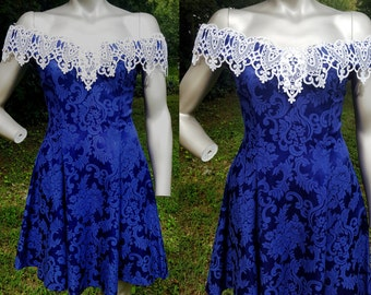 Off the Shoulder 80s Prom Dress by Gunne Sax Dress, Blue 80s Dress, 80s Party Dress, Vintage Dress in Cobalt Blue with White Lace Size 4