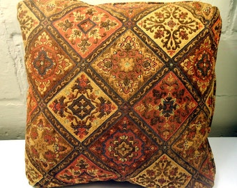 Set Of Mid Century Earthy Large Damask Turkish Boho Kilim Pillows