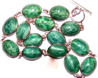 Beautiful Art Nouveau Art Deco Green Peeking Glass Cabochon Sterling Silver Vintage Antique Necklace