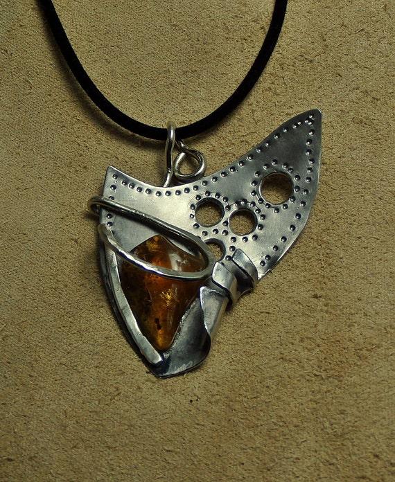 amber pendant - jewelry - wolfgangschweizer | ello
